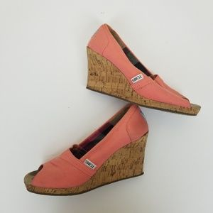 Preowned Tom's Pink Peeptoe Wedge size 6.5